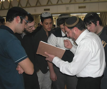 Rav elgazi with Students